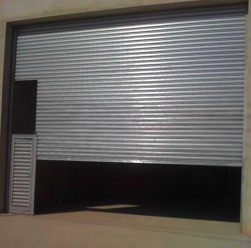 Onde Vende Porta de Aço de Enrolar Manual Jardim América - Porta de Enrolar Alumínio