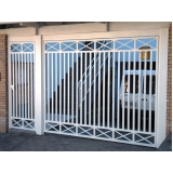 portão branco de alumínio Vila Guarani