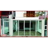 portão de alumínio branco com vidro Jardim das Acácias